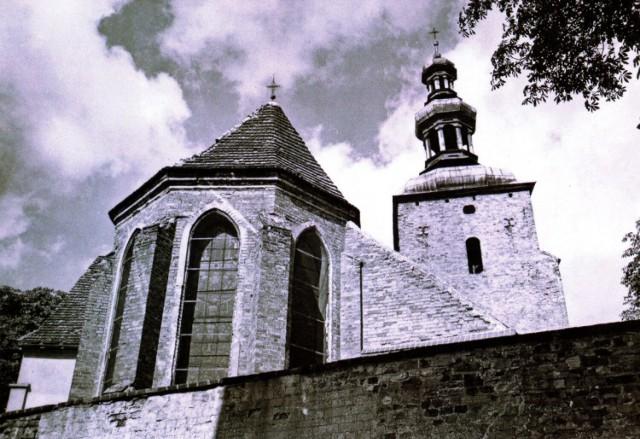 Karta Pocztowa. Kościół Farny lata 70. XX. wieku