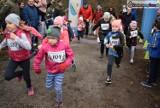 Bieg po Choinkę w Lublińcu. Dzieci pobiegły na dystansach 500 i 1000 metrów [ZDJĘCIA]