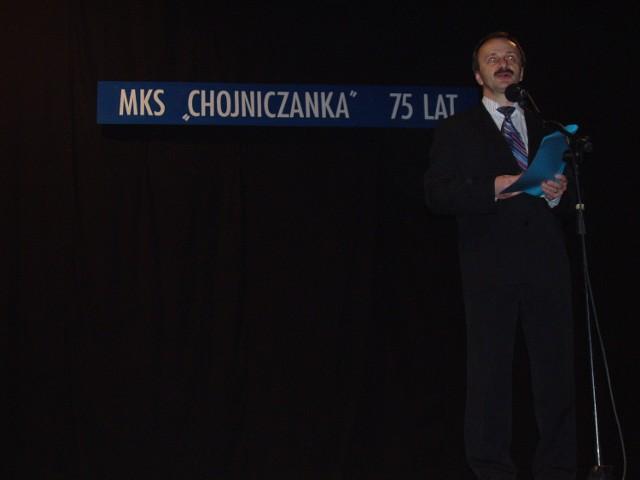 Pięć lat temu Chojniczanka obchodziła 75-lecie w Chojnickim Domu Kultury. Na zdj. ówczesny prezes Józef Kołak