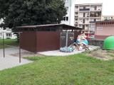 """Da się? Da się! Nie wszystkie wspólnoty mieszkaniowe z Goleniowa czekają na wywóz """"gabarytów"""""""