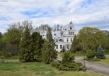 Tajemniczy pałac w Ojerzycach, niedaleko Świebodzina, stoi zniszczony i pusty. Kiedyś gościły tam tłumy