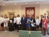 Nauczycielki z Oleśnicy z awansami na wyższe stopnie zawodowe [ZDJĘCIA]