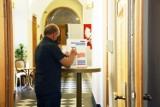 Wybory 2020 w Legnicy - sprawdź jak głosowali Twoi sąsiedzi - wyniki z każdej komisji [LISTA]