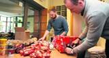 Ruszyła świąteczna zbiórka darów w Sopocie. Bożonarodzeniowe paczki trafią do polskich rodzin na Białorusi