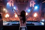 Najpopularniejsi DJ-e na świecie zarabiają miliony! Który z nich jest najbogatszy? Jakie majątki posiadają gwiazdy muzyki tanecznej? TOP 15