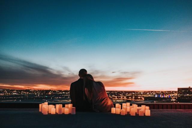 Znaki zodiaku, które w 2021 roku stworzą udany związek. Jakie znaki spotkają swoją wielką miłość już w tym roku? [HOROSKOP MIŁOSNY]