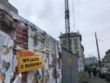 Przez budowę nowego hotelu w Katowicach pęka kamienica w centrum miasta. Lokatorzy zrozpaczeni: Zniszczyli nam życie