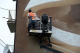 Powstaje historyczny mural przy ul. Szajnochy. Projekt jasielskiego artysty wybrało i finansuje MON. Zobaczcie zdjęcia