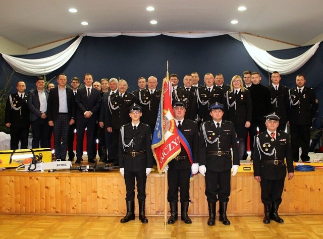 W gminie Papowo Biskupie rozpoczął się okres zebrań sprawozdawczych w jednostkach OSP. Walne Zebranie Sprawozdawcze podsumowujące działalność w 2019 roku odbyło się już w OSP Papowo Biskupie. Naczelnik dh Andrzej Karbownik w sprawozdaniu wskazał, że jednostka wzięła udział w 87 akcjach ratowniczo-gaśniczych. Wśród nich odnotowano 21 pożarów, 63 miejscowe zagrożenia i trzy alarmy fałszywe.