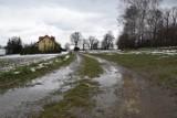 Nowy Glinik. Mieszkańcy ufają, że gmina naprawi drogę w przysiółku Magiel [ZDJĘCIA]