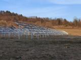 Przy parafii w Krempnej powstaje olbrzymia farma fotowoltaiczna [ZDJĘCIA]