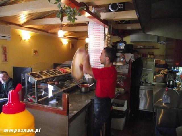 Jedno z najbardziej popularnych dań na świecie- pizza, również ...