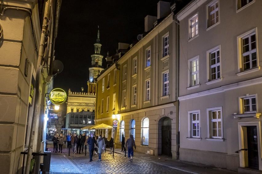 Poznań od soboty znalazł się w czerwonej strefie. Mieszkańcy...