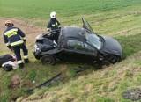 Groźny wypadek na drodze nr 35 z Wrocławia do Świdnicy. Kobieta kierująca autem nie miała prawa jazdy (ZDJĘCIA)