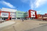 Wielofunkcyjne boisko przy szkole przy ul. Berylowej powstanie rok później niż obiecywało miasto. Dlaczego?