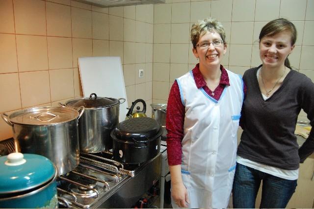 W nowej kuchni Dorota Knitter i Agnieszka Kamowska