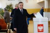 Najnowszy sondaż: Polacy nie chcą wyborów prezydenckich 10 maja. Frekwencja byłaby najniższa w historii