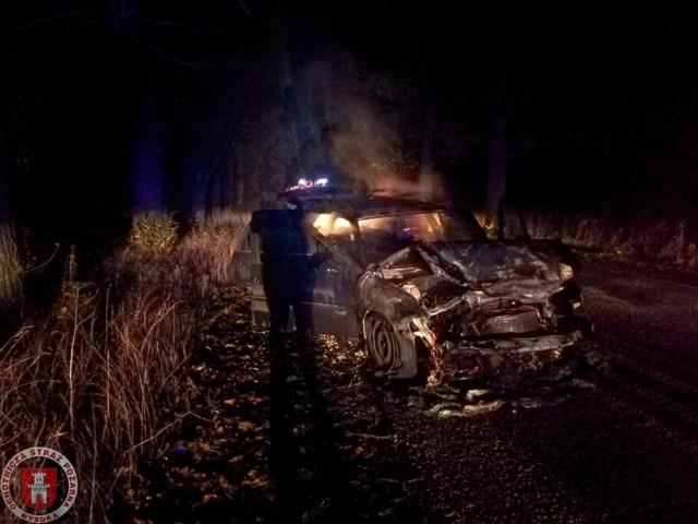 Samochód zapalił się na drodze Stare-Rudna