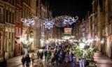 Boże Narodzenie 2020. Świąteczny Gdańsk pełen ludzi! Mieszkańcy i turyści odpoczywają podczas spacerów