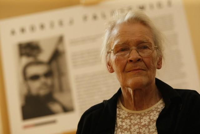 Nagrodę im. Adama Mickiewicza, wchodzącą w skład Poznańskiej Nagrody Literackiej, Krystyna Miłobędzka otrzymała za całokształt twórczości.