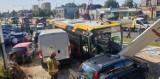 Wypadek autobusu na ul. Rzgowskiej w Łodzi. Kierowca MPK zasłabł... ZDJĘCIA