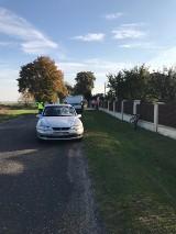 Wypadek gmina Wielgomłyny. Nie żyje rowerzysta potrącony w Trzebcach przez opla