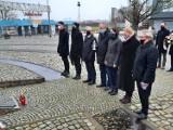 Gdańsk: Koalicja Obywatelska oddała hołd ofiarom stanu wojennego. Jerzy Borowczak i Andrzej Kowalczys wspominają 13 grudnia 1981 r.