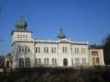 Najpiękniejsze zamki i pałace w powiatach: olkuskim, oświęcimskim, chrzanowskim i wadowickim z niezwykłymi historiami [ZDJĘCIA]