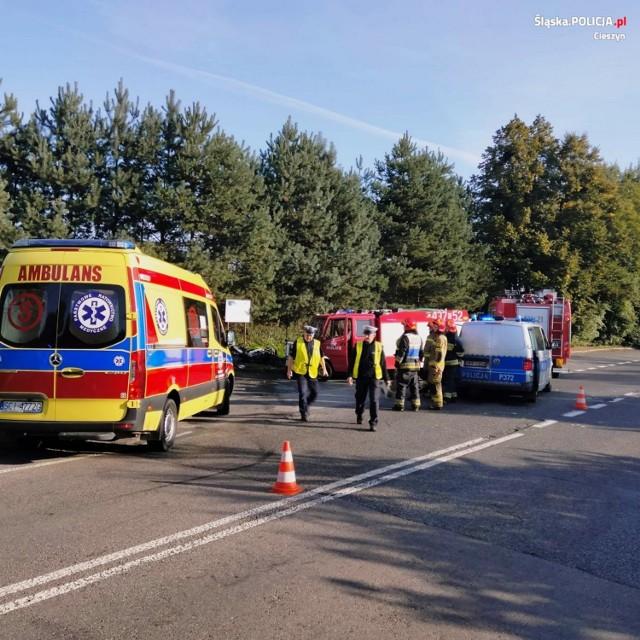 Do poważnego wypadku z udziałem motocyklisty doszło na skrzyżowaniu ulic Cieszyńskiej i Sadowej w Hażlachu
