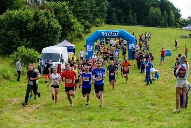 Za nami Jurathlon Run 2020. Start i meta były w Piasecznie.   Zobacz kolejne zdjęcia. Przesuń zdjęcie w prawo - wciśnij strzałkę lub przycisk NASTĘPNE