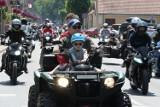 Parada Motocyklowa MKM Junak 2021: Setki maszyn na paradzie w Sierakowie [ZDJĘCIA]