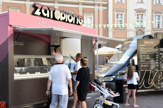 Food trucki na opolskim Rynku
