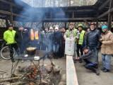 Załoga Rowerowa Zgrzyt Bełchatów na kolejnej wycieczce. Świętowano urodziny Macieja Kuszneruka, założyciela Zgrzytu