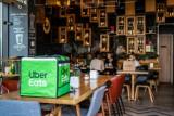Co warszawiacy zamawiali do jedzenia podczas lockdownu? Uber Eats pokazał, co jadają mieszkańcy stolicy