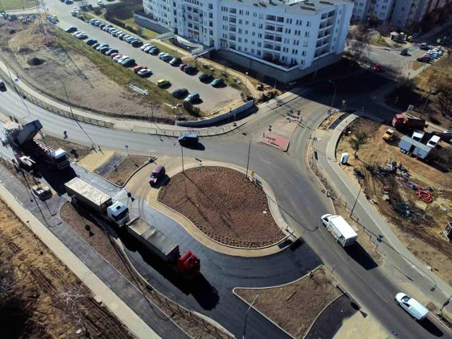 Budowa ronda na ulicy Podmiejskiej w Kaliszu