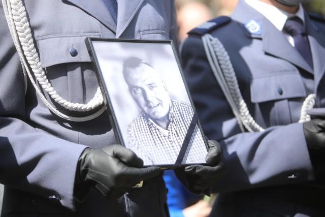 Pogrzeb policjanta Michała Kędzierskiego, zastrzelonego podczas służby