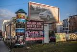 Koniec z krzykliwymi reklamami w Poznaniu? Mieszkańcy mogą zgłosić uwagi do projektu uchwały krajobrazowej