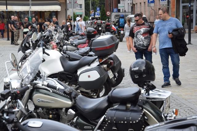 """""""Motoserce"""" to Ogólnopolska Akcja Krwiodawstwa organizowana przez kluby zrzeszone w Kongresie Polskich Klubów Motocyklowych."""