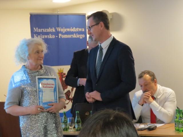 Barbara Matwiej, właścicielka centrum TeoDorka Med&Spa i Dariusz Kurzawa, wicemarszałek województwa kujawsko-pomorskiego.