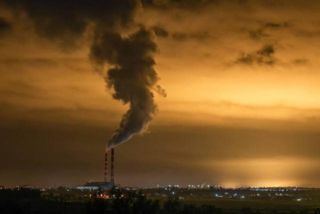 Portal nto.pl przeanalizował liczbę dni smogowych na Opolszczyźnie w czasie kończącego się sezonu grzewczego. Opracowaliśmy to na podstawie danych z monitoringu Wojewódzkiego Inspektoratu Ochrony Środowiska w Opolu.