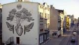 Mural z Łodzi na przedramieniu! Niezwykły tatuaż Piotra Hachuły. ZDJĘCIA