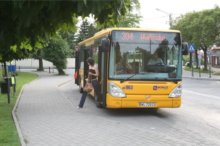 Droższy dojazd do Krakowa z gmin ościennych. Pasażerowie narzekają na ceny biletów