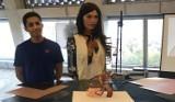 Wydział Zarządzania Uniwersytetu Łódzkiego donosi, że wciąż wykluczamy roboty z grona artystów... Badania na twórczością fembota Ai-Da