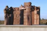 Monumentalna Droga Krzyżowa na Przeprośnej Górce. Tu od 300 lat zatrzymują się pielgrzymi