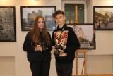 """Wernisaż wystawy """"Piotrkowska oczami piotrkowian"""" w OEA MOK w Piotrkowie ZDJĘCIA"""