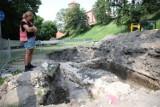 Archeolodzy rozwiązują zagadki murów, które skrywa ziemia tuż pod Wawelem [ZDJĘCIA]
