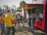 Gotowi na kulinarną ucztę? Już w ten weekend przy Stadionie Miejskim – I edycja Festiwalu Smaków Food Trucków w Pleszewie!