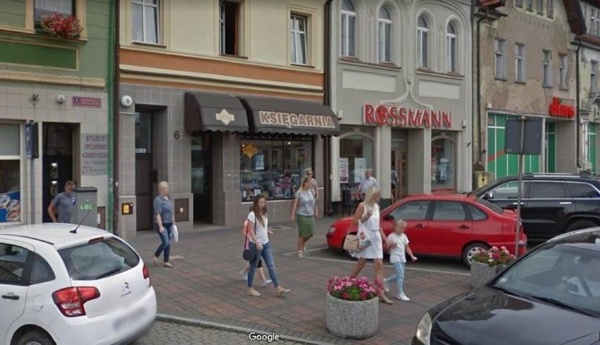 Mieszkańcy powiatu pleszewskiego w Google Street View
