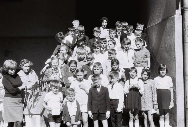 Zakończenie roku szkolnego w SP nr 1 Sieradz ponad 50 lat temu