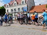 """Kaźmierz. Chodziarze i rowerzyści wyruszyli na trasę. Bo """"Razem raźniej""""!"""